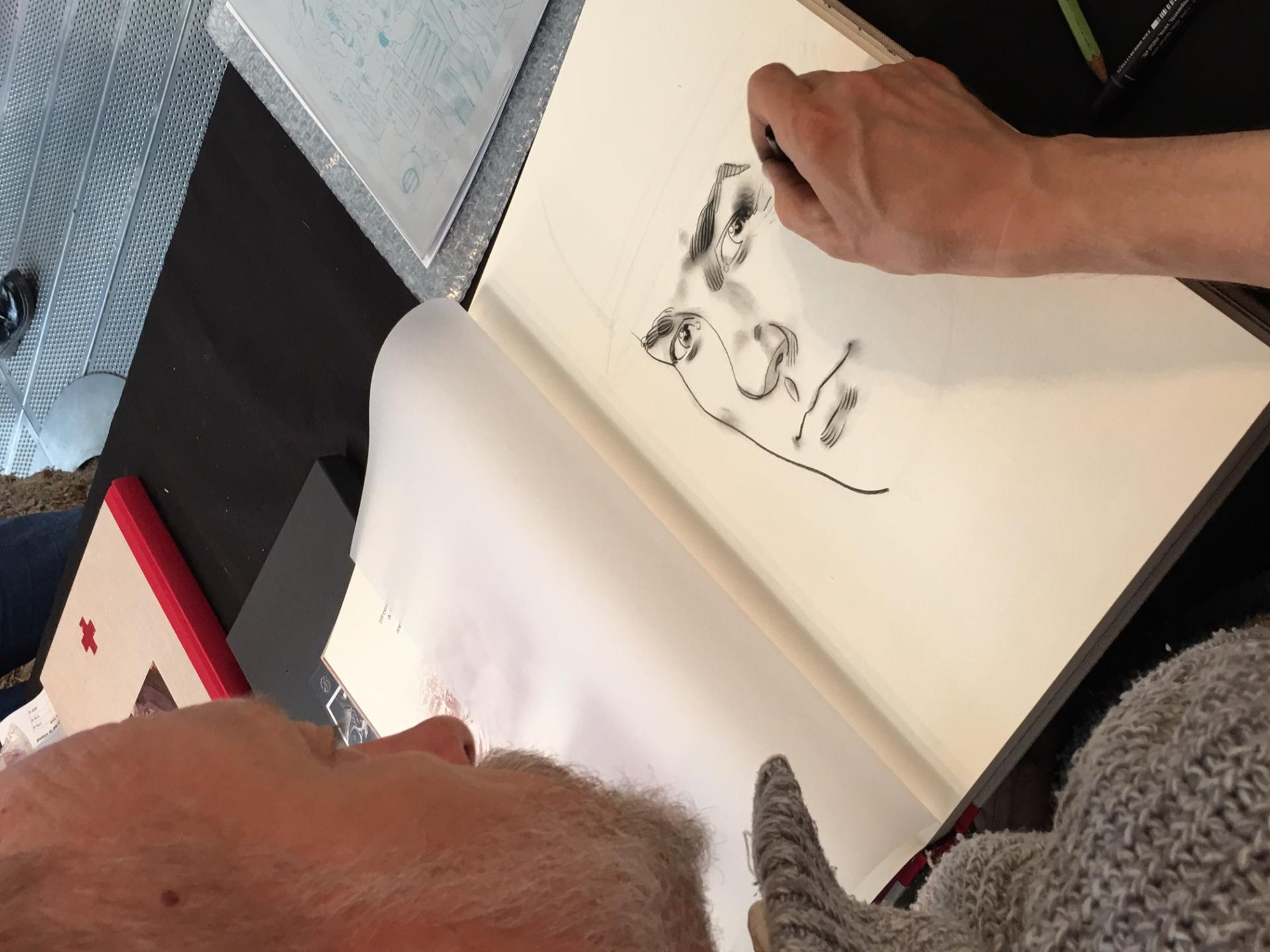 Alain Mounier dédicace le tirage de tête L'Ambulance 13 cycle 2 à Chambéry